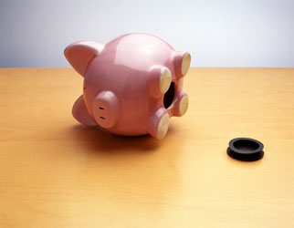 empty_piggy_bank_322
