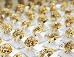 gold_jewelry_flickr_epSos.de_322