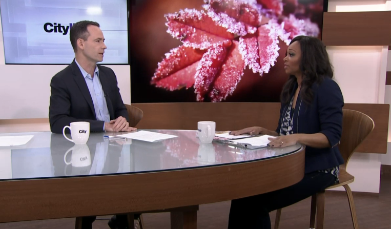Bruce Sellery shares tips on when to buy a new appliance with Cityline host Tracey Moore.