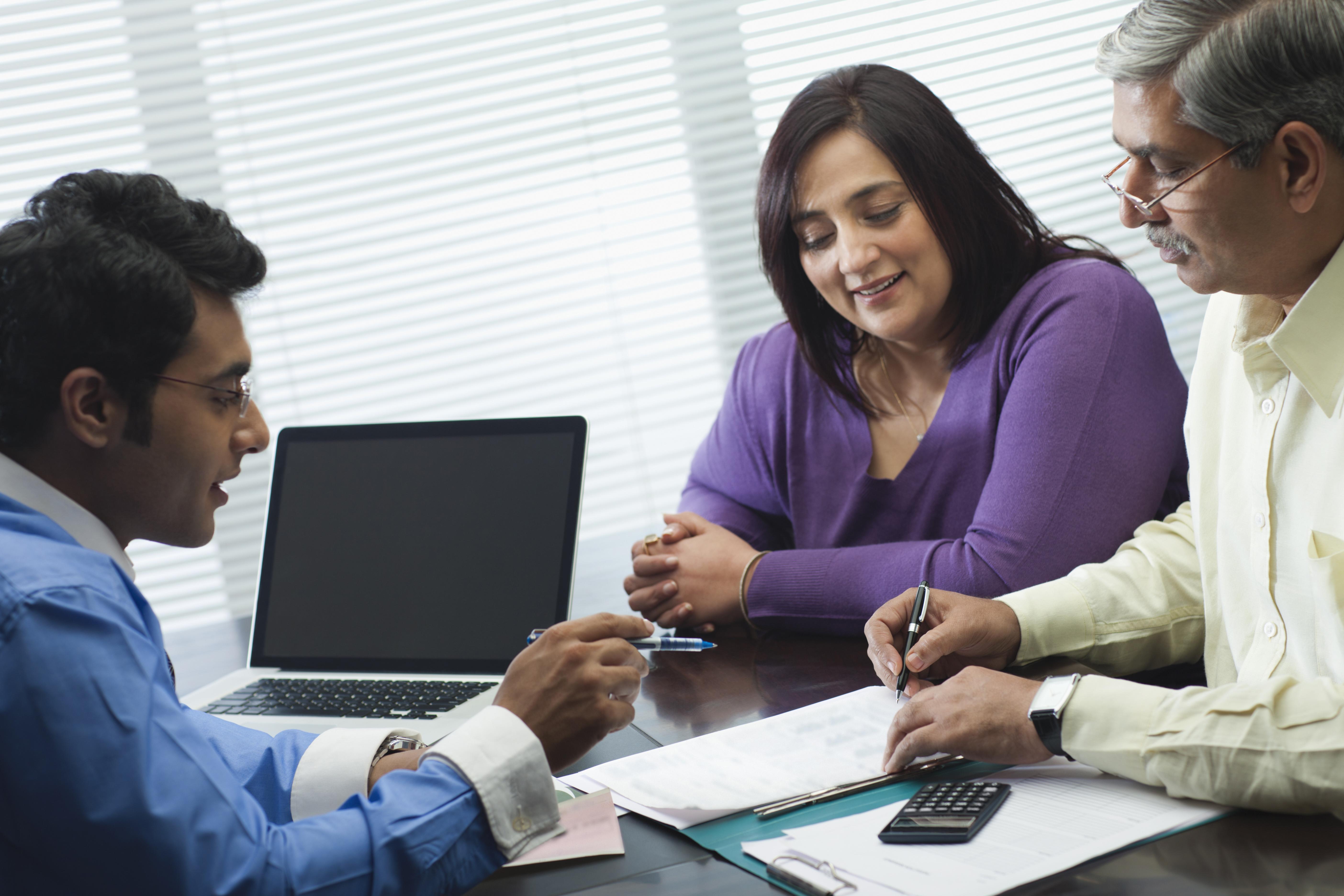 finra licensed financial adviser - HD5616×3744