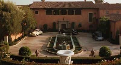Famous houses (Wikia.com)