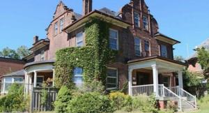 William Harris House_401
