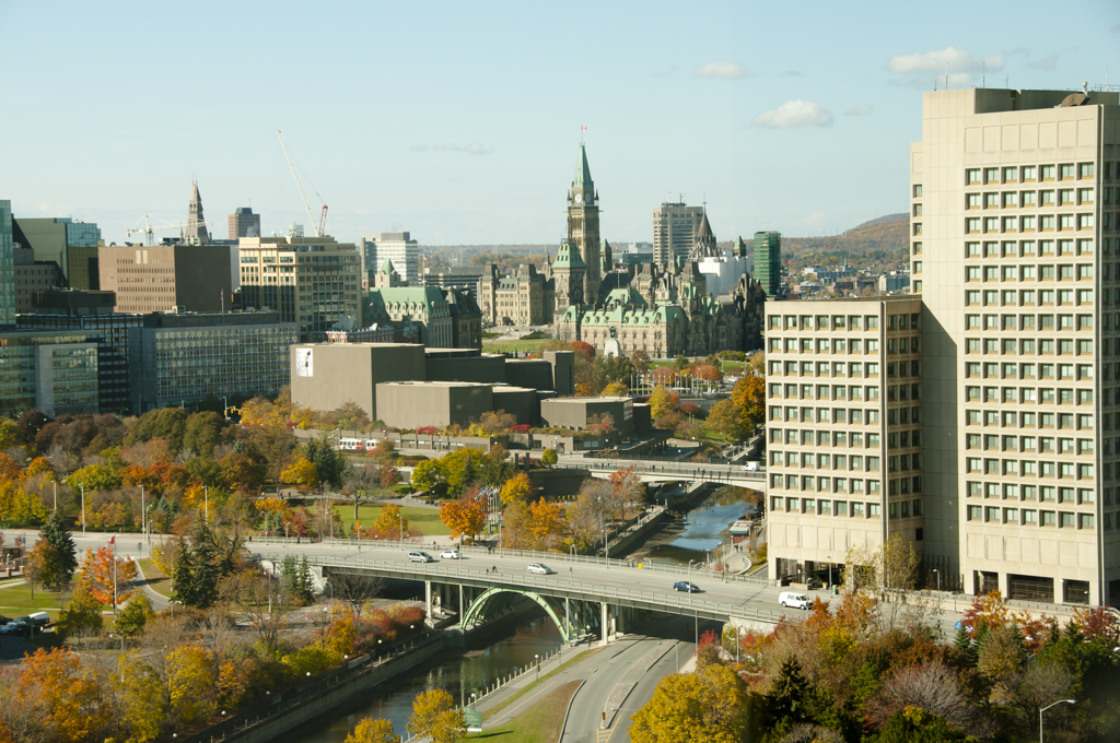 A landscape view of Ottawa, Ontario (Adwo/Shutterstock)