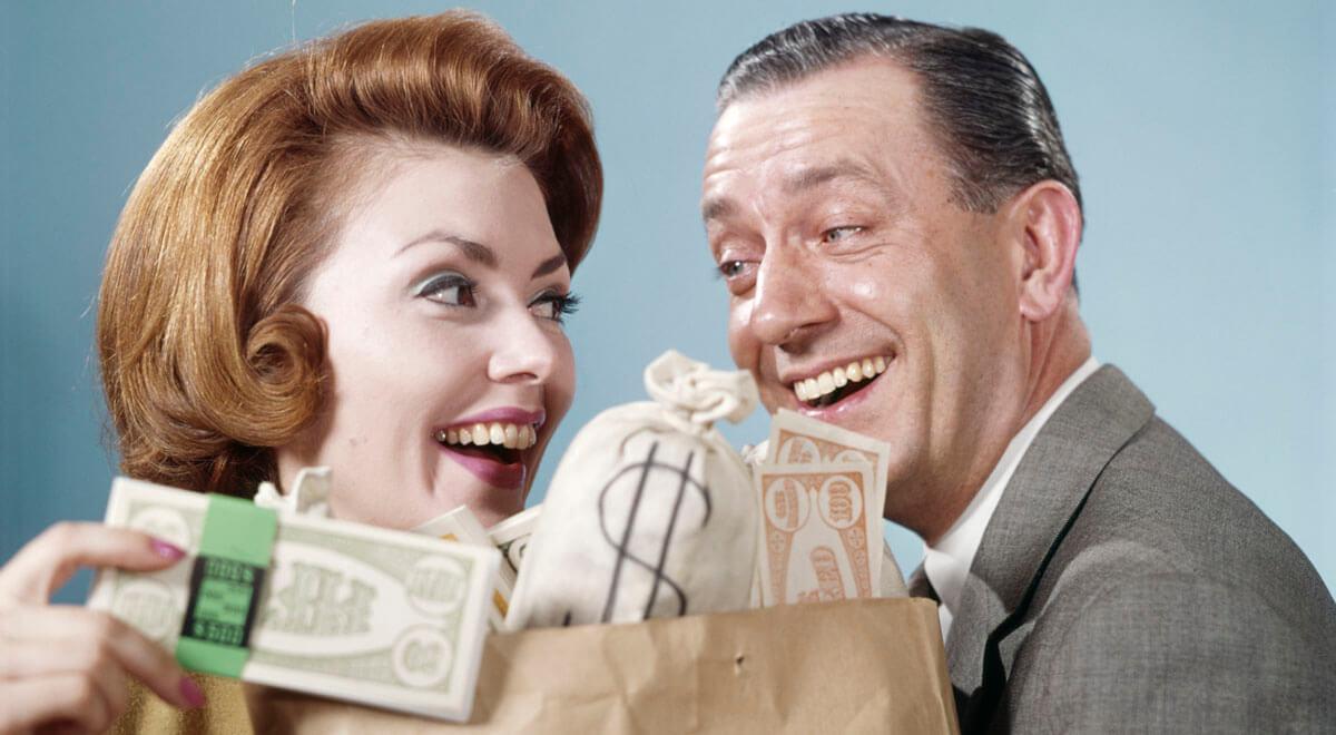 1960s HAPPY COUPLE MAN...