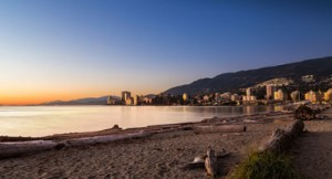 Sunset at Ambleside Park in West Vancouver. (Adam Melnyk/Flickr)