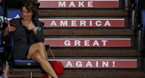 A supporter of U.S. Republican presidential candidate Donald Trump attends a campaign event in Springfield, Illinois, United States, November 9, 2015. (Jim Young/Reuters)