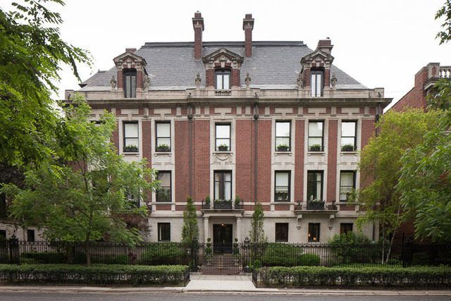 OriginalChicagoPlayboyMansion.Curbed