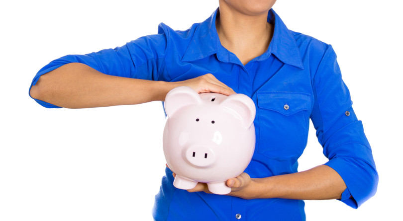 She's 34 and wants to retire at 65 with $70,000 a year. Can she? - MoneySense