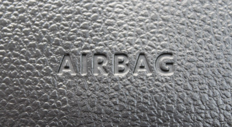Is it still safe to drive a car if there is an airbag recall