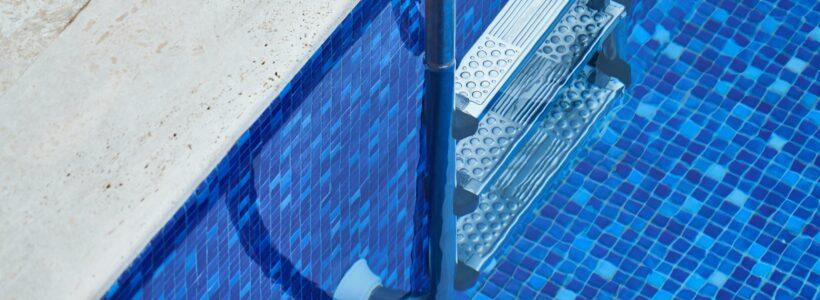 ladder in backyard pool