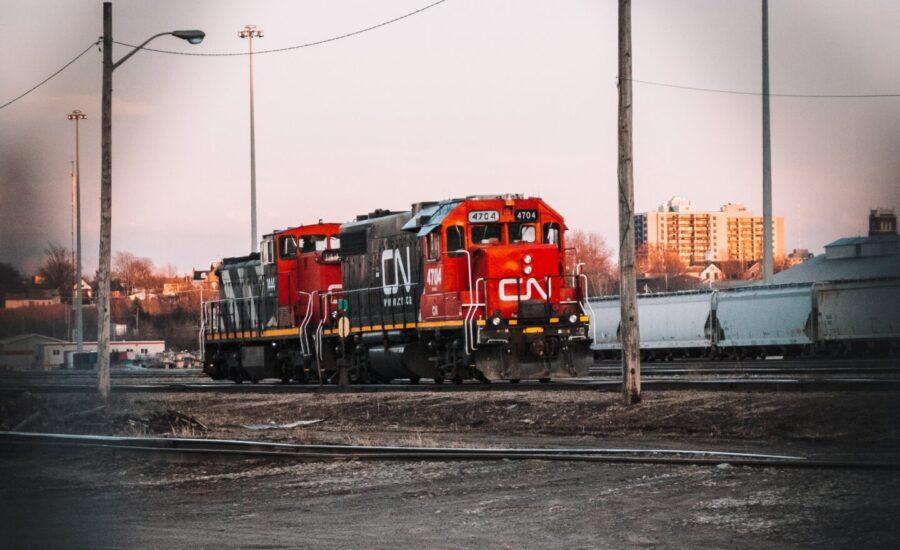 CN Rail engine and rail cars