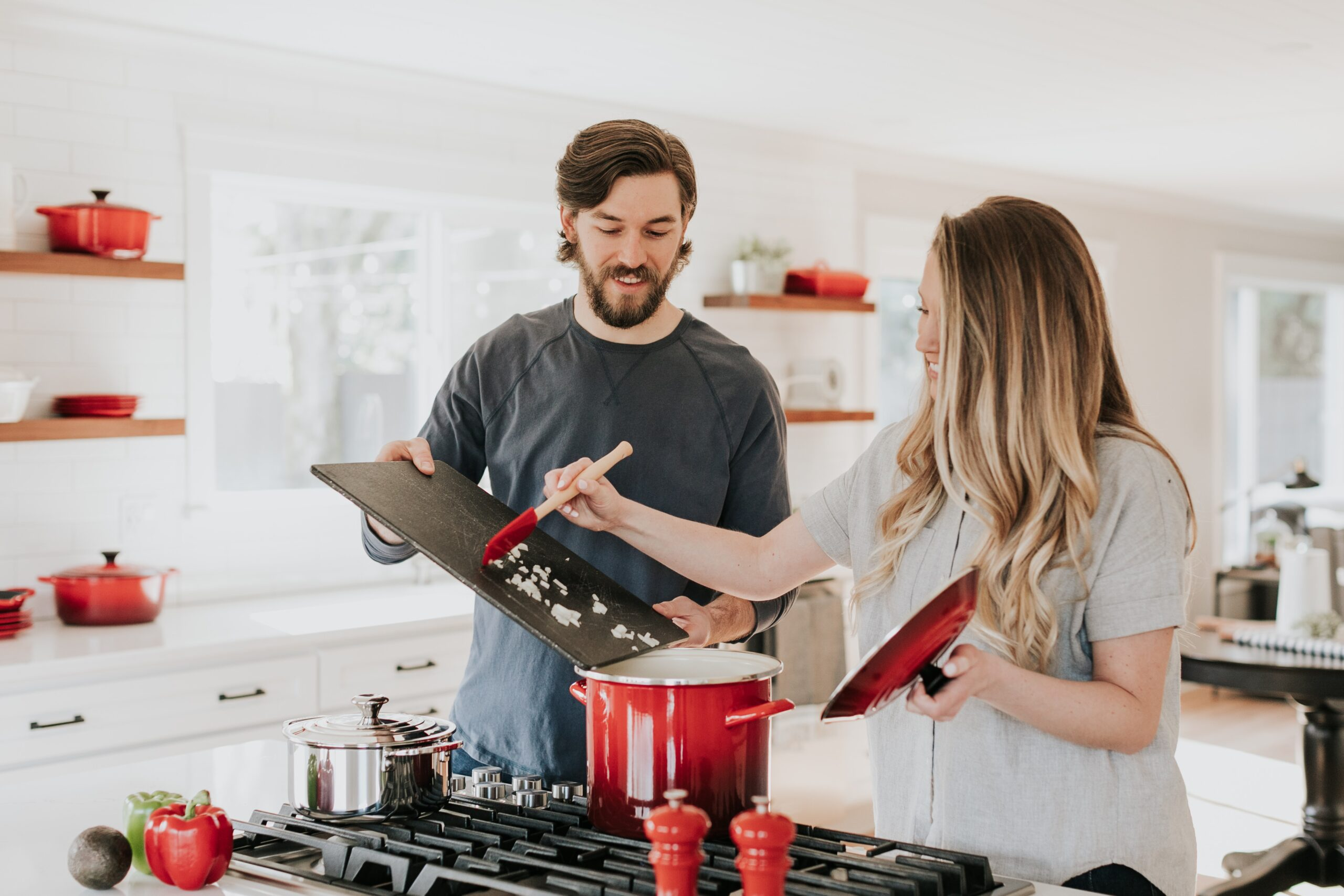 how to lower your home insurance couple at home
