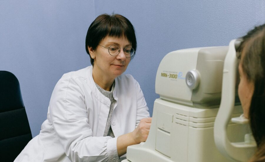 woman optometrist with patient