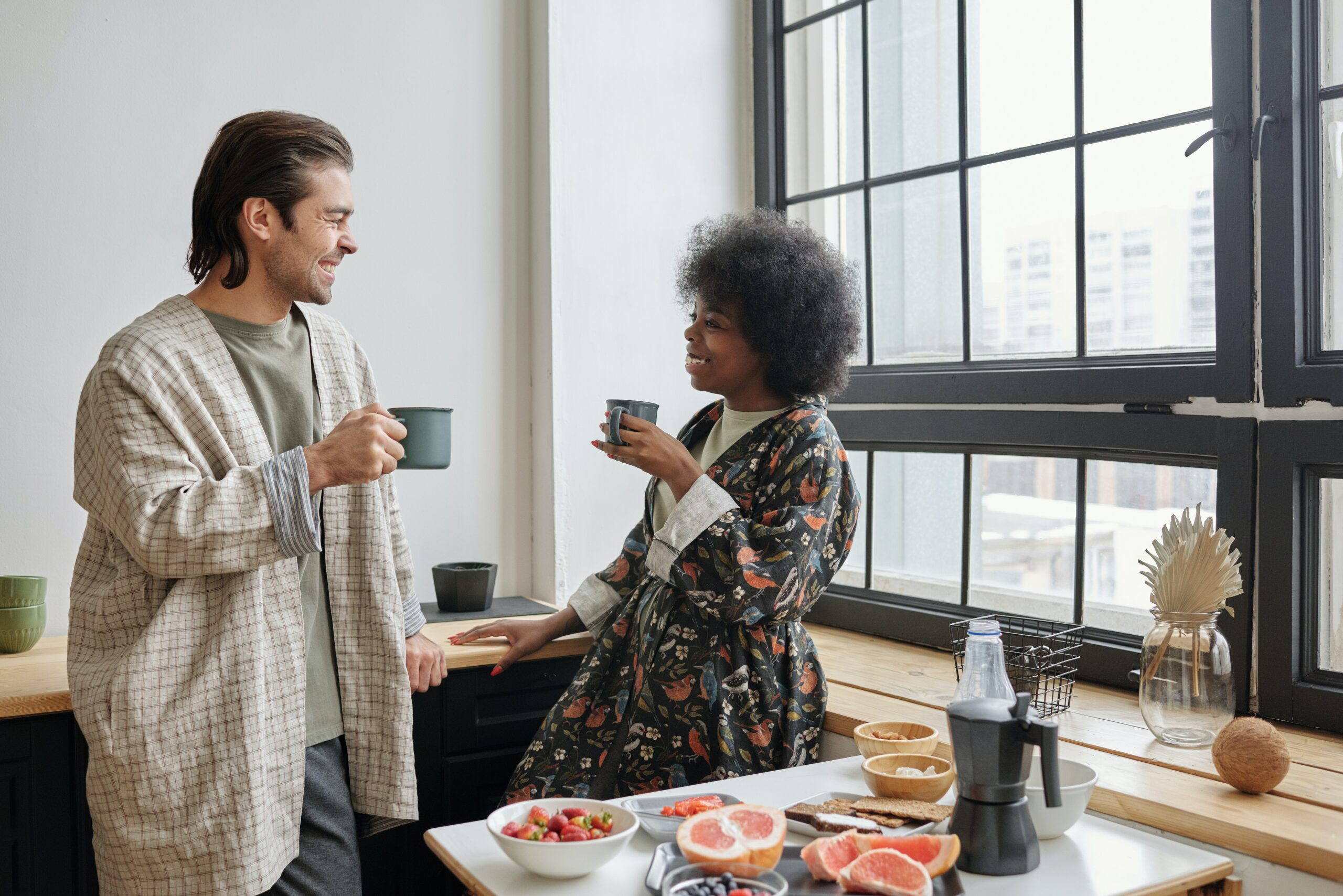 how to tell if home insurance settlement is fair couple at home in kitchen